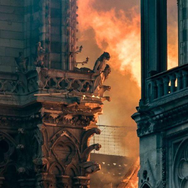 Notre-Dame de Paris en feu…